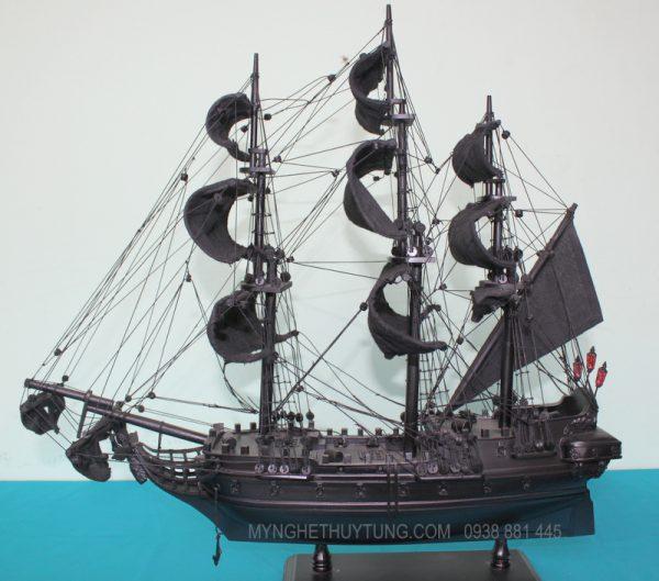 black pearl ship