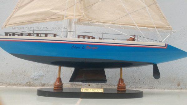 thuyền thủy tùng